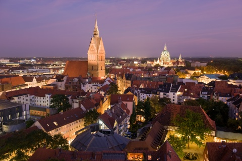 Hanover at night - Picture:©HMTG/Kirchner